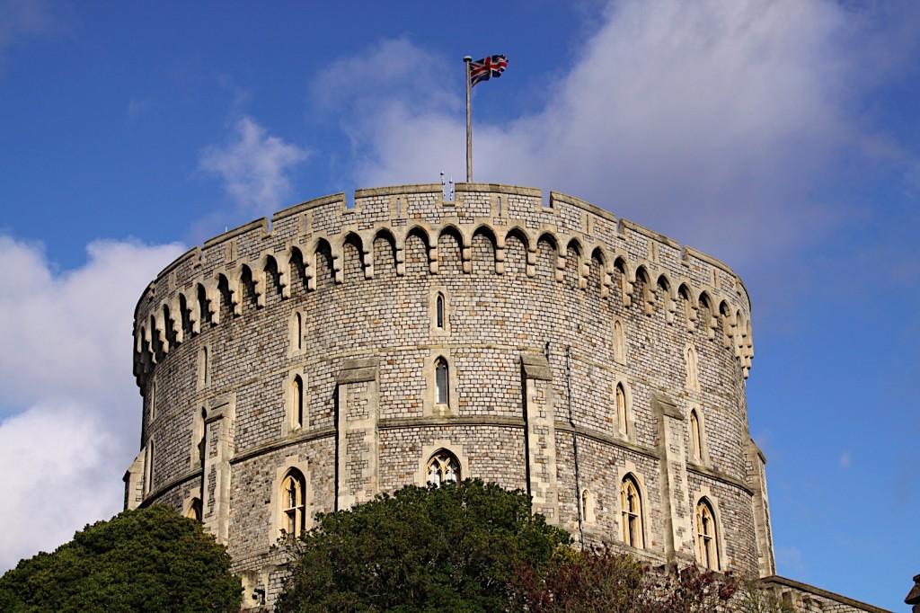 Винзорский замок - экскурсии по Великобриатнии Around London Tours