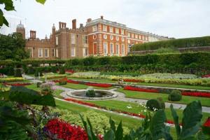 hampton-court-privy-gardens