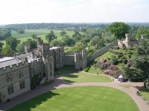 2_warwick_castle